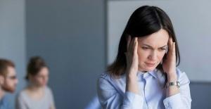Koronavirüsün yeni belirtileri neler? Üşüme, boğaz ve baş ağrısı koronavirüs belirtisi mi? Uzman isim yanıtladı.